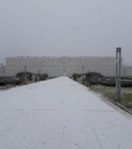 reggia con neve