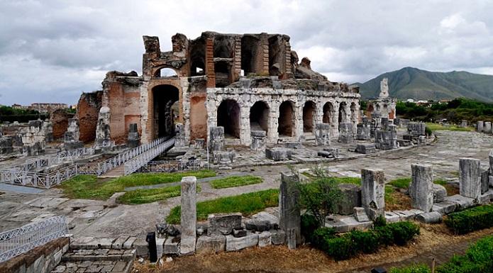 Spartachiadi all anfiteatro di s maria c v con i - Piscina santa maria capua vetere ...