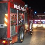 Incendio in piena notte in un centro massaggi